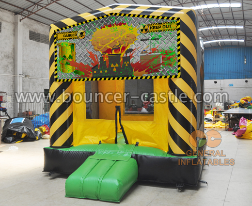 GB-27 Melt down bounce house