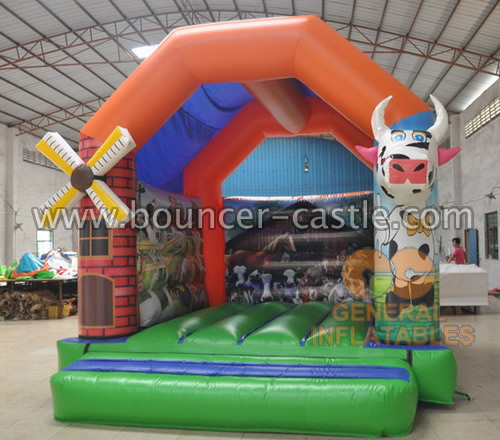 GB-332 Farm bounce house