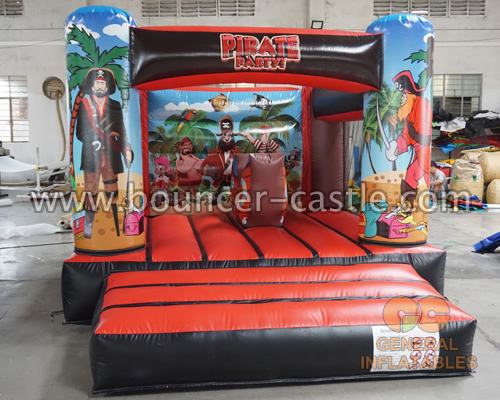 GB-452 Pirate bouncy castle