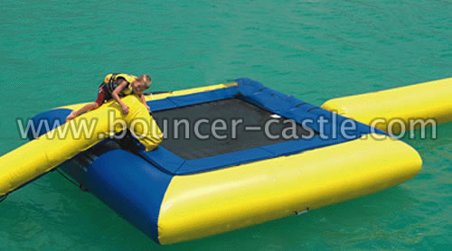 GW-1 Inflatable Square Water Trampoline